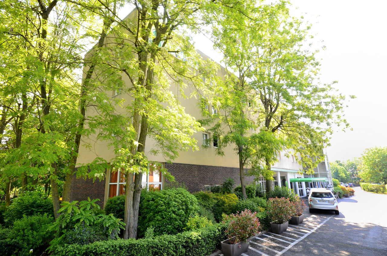 entrée principale Green Hotels Roissy